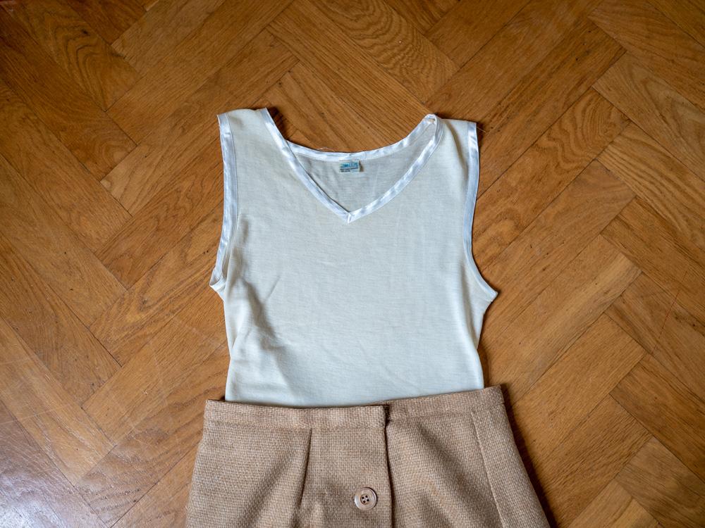 890a9fd6ac2a ... och fint i kvaliteten. Kommer att bära det under mina tröjor och  skjortor i vinter (ull och silke är så skönt att ha närmst kroppen när det  är kallt).